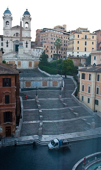 The Girl Who Knew Too Much (1963 film) - The Spanish Steps, where Davis believes she has witnessed a murder