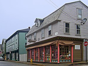 Newport Historic District (Rhode Island) - Colonial architecture at Spring and Church Streets, 2008