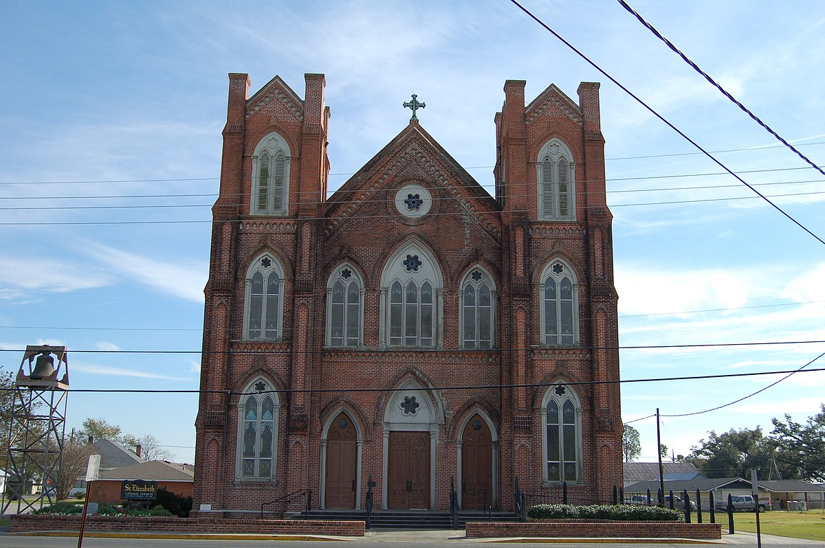 paincourtville catholic singles St edmund catholic school in eunice, louisiana (la) serves 389 students in grades prekindergarten-12 find data, photos, and reviews about this school.