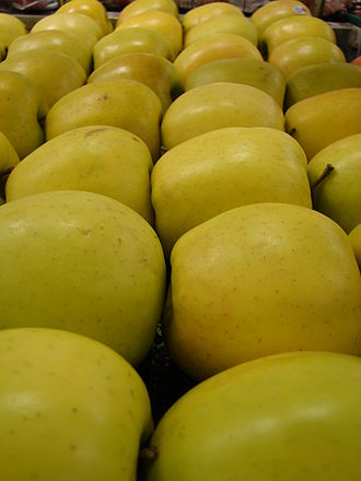 Golden Delicious - Golden Delicious apples.