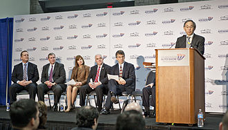 Plug-in electric vehicles in the United States - Energy Secretary Steven Chu announcing the new Workplace Charging Challenge at the 2013 Washington Auto Show
