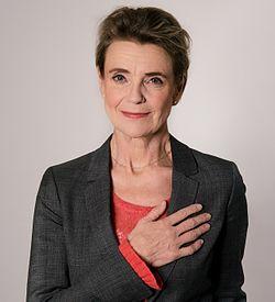 Stina Ekblad i en PR-kampagne for Hjärt-Lungfonden 2014.