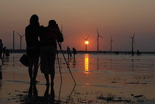 Sunset on Taichung Kaomei wetland.jpg