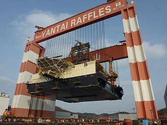 Gantry crane - Taisun, the world's strongest gantry crane, at Yantai Raffles Shipyard, Yantai, China
