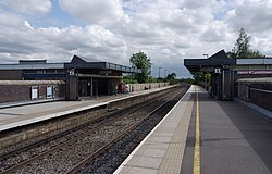 Tamworth railway station MMB 54.jpg
