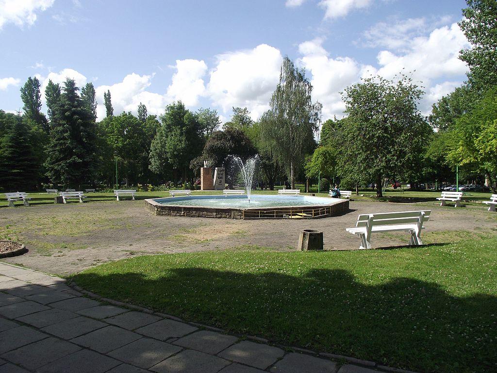 1024px-Tczew_-_park_im._Kopernika_-_panoramio.jpg