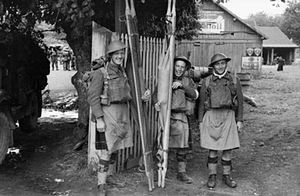 52nd (Lowland) Infantry Division - Stretcher bearers of the 1st Battalion, Glasgow Highlanders in France, 13 June 1940.