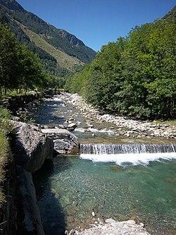 Torrente Liro San Giacomo Filippo.jpg