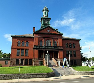 Windham County, Connecticut - Image: Town Hall, Willimantic, CT
