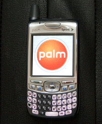 Photograph of a Palm Treo 700p CDMA Smartphone, displaying the Palm, Inc. Logo. This particular handset is for use on the Sprint CDMA network in the USA.