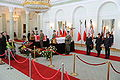 Trumny Pary Prezydenckiej w Sali Kolumnowej Pałacu Prezydenckiego.jpg