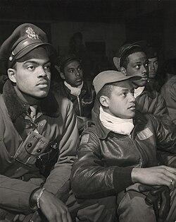 Tuskegee Airmen 332nd Fighter Group pilots ppmsca13245u