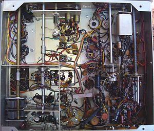 Hallicrafters SX-117 - Image: Underside SX 117