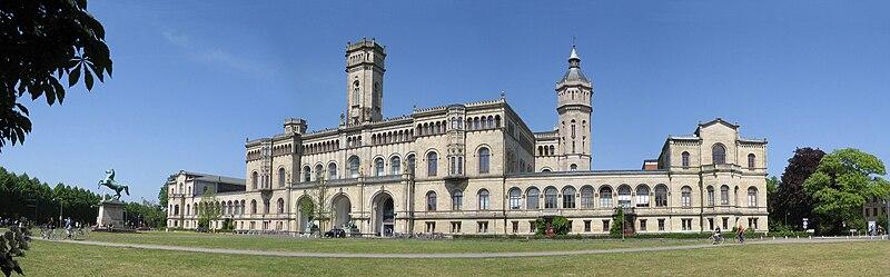 File:Universität Hannover - Hauptgebäude - B02.jpg
