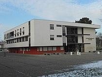 Université Michel de Montaigne Bordeaux III - Bâtiment d'accueil - 02-2012.JPG