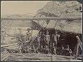 UvA-BC 300.429 - Siboga - inheemse bevolking van Tobadi, gelegen aan de Humboldt Baai op Noord Nieuw-Guinea.jpg