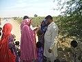 Vaccinating Children Against Polio - Pakistan (17055006741).jpg