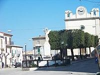 Veduta monumenti ai caduti e orologio chiesa Purgatorio Colletorto.JPG