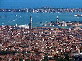 Venise dans la lagune.