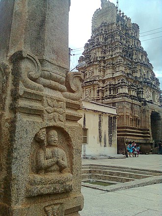 Ranganathaswamy Temple, Srirangapatna - A view of the tower in Vijayanagara style from inside the complex, near the small pushkarni (temple tank)
