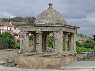 Vila Flor - The Roman fountain isolating human settlement to that period