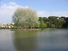 L'isola del laghetto inferiore.