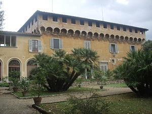 Villa Medici at Cafaggiolo - Villa Medicea di Careggi, the first of the Florentine villas, was also created for Cosimo de' Medici by Michelozzo from an existing castle.