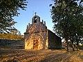 Villandiego, ermita de la Virgen de Lourdes, vista general.jpg