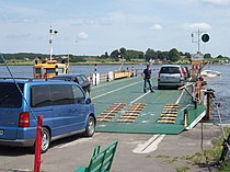 Vistula ferry.jpg