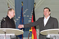 Vladimir Putin in Germany 9 December 2001-2.jpg