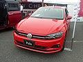 Volkswagen Polo TSI Highline (AWCHZ) front.jpg