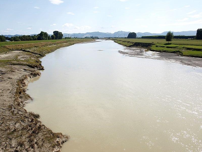 File:Waipaoa River.jpg