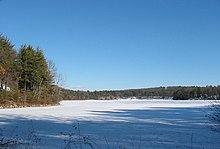 L'étang de Walden, en hiver.