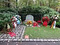 Waldfriedhof Zehlendorf Willy Brandt.jpg