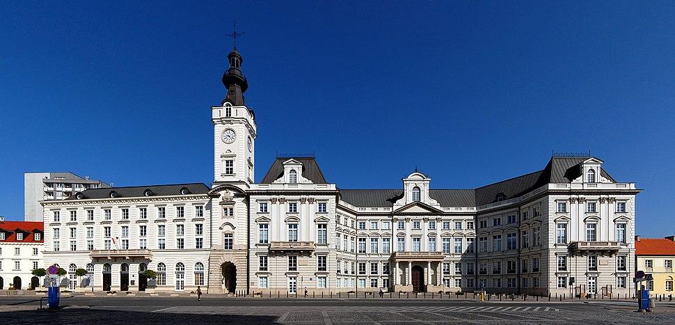 Warszawa pa%C5%82ac Jab%C5%82onowskich 2009