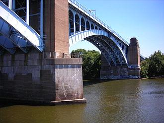 Washington Crossing Bridge (Pittsburgh) - Image: Washington Crossing Bridge (Pittsburgh)