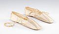 Wedding slippers MET 24.349a-b CP4.jpg