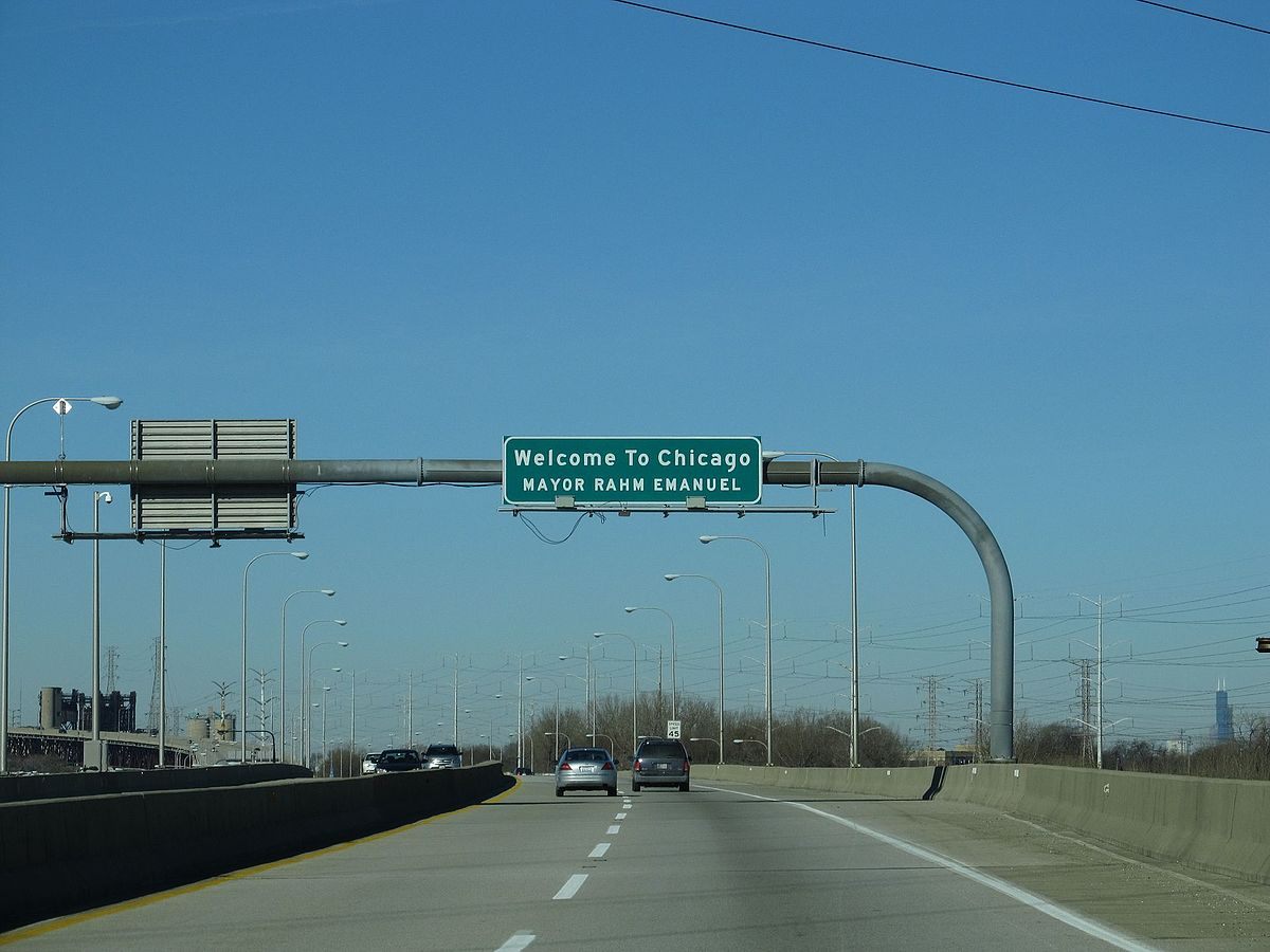Welcome to Chicago, Chicago Skyway, Interstate 90, Chicago, Illinois (11051891446).jpg