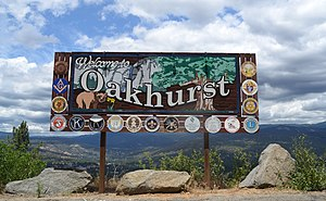 Oakhurst, California - Welcome sign on State Route 41