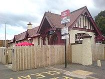West Kilbride railway station.jpg