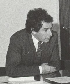 William Waldegrave visiting University of Salford 1981 cropped.jpg
