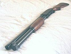 Winchester1200Def-2