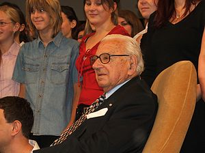 Nicholas Winton - Winton visiting Prague in 2007