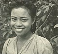 Woman from Makassar, Wanita di Indonesia p22 (Tropen Institute).jpg