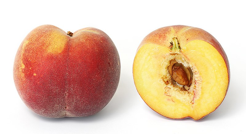 فایل:Yellow peach and cross section.jpg