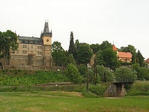 Zruč nad Sázavou - Castle in the town