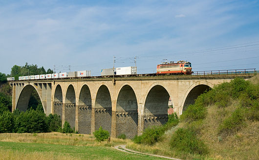 ČD class 230 at Dolní Loučky.jpg