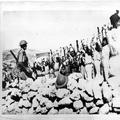 המאורעות בארץ ישראל 1937. חיפוש לנשק אצל קבוצת ערבים כחלק מפעולות המנע והענישה -PHL-1088013.png