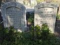קברי יצחק כבשנה ורעיתו חנה ממייסדי המושבה כנרת בבית הקברות כנרת .צילום אלי אלון.jpg