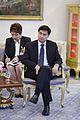 กลุ่มผู้ค้าสลากกินแบ่งรัฐบาล เข้าพบนายกรัฐมนตรี ณ ห้อง - Flickr - Abhisit Vejjajiva (1).jpg